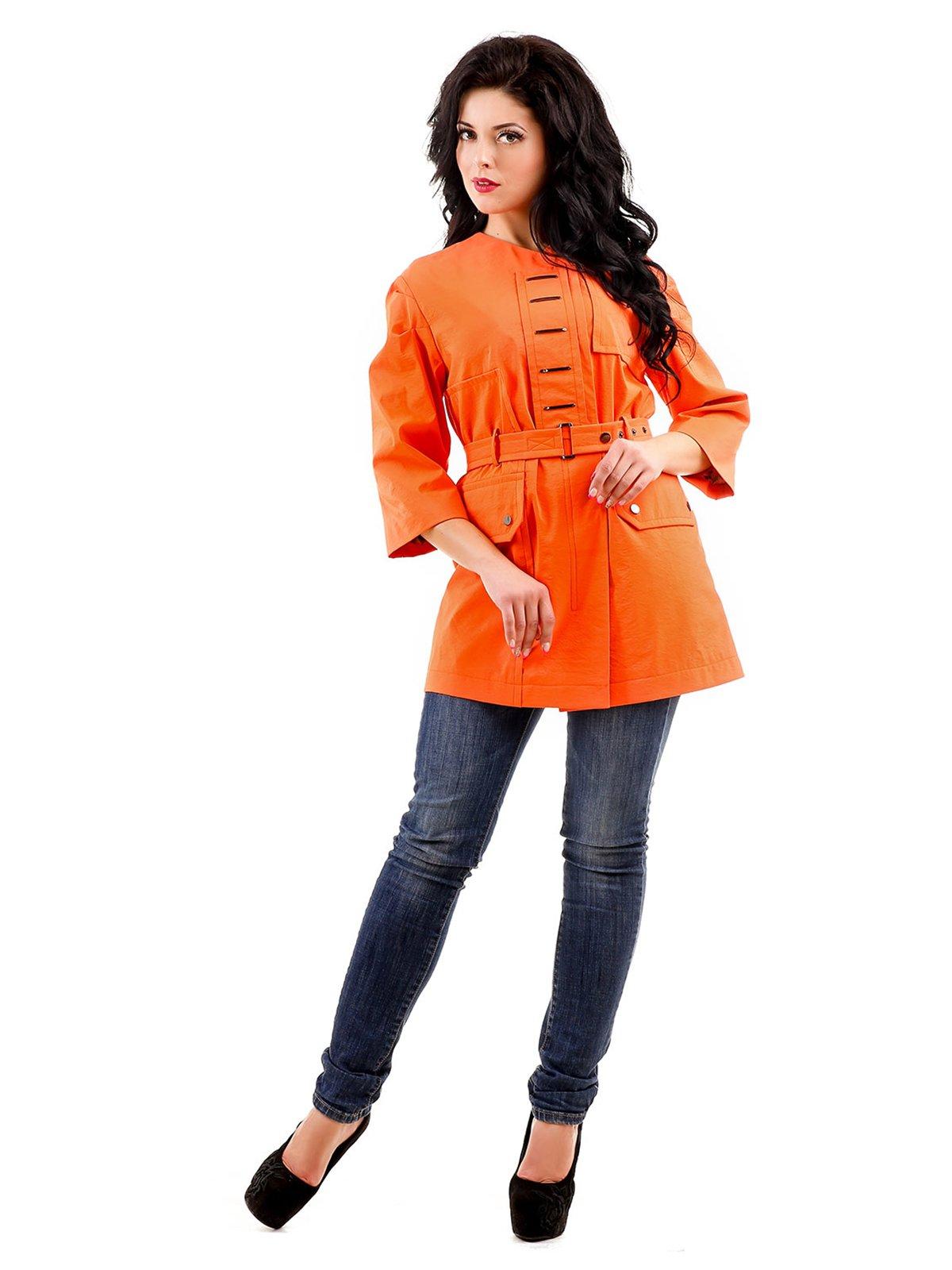 Плащ оранжевый | 3774649
