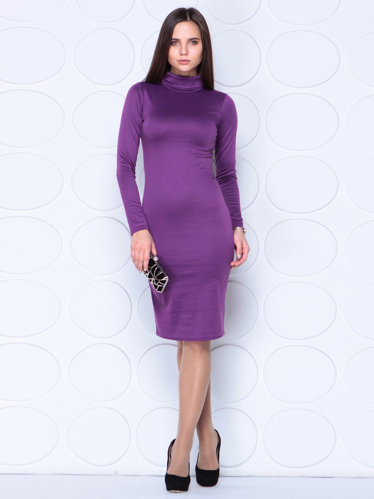 Платье темно-фиалкового цвета | 3779770