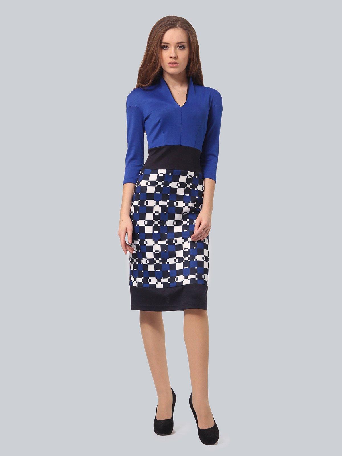 Платье синее с принтом | 3840423 | фото 2