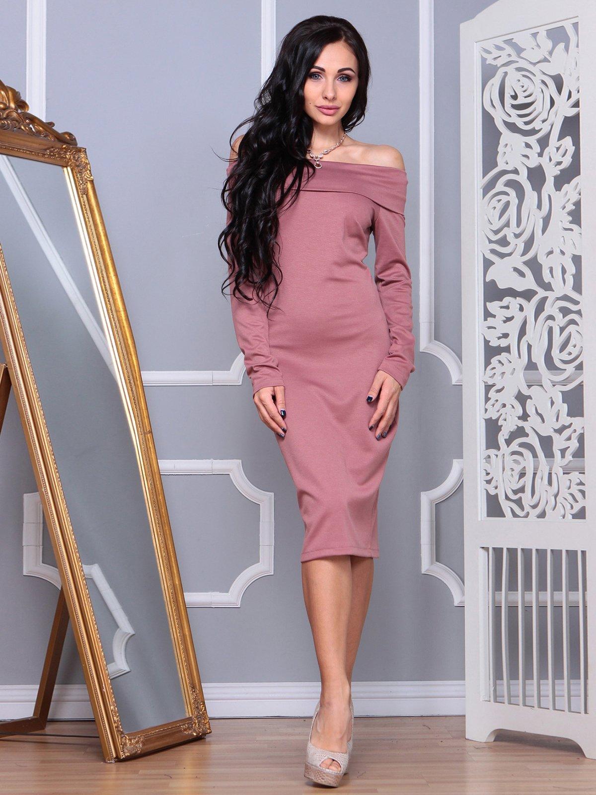 Сукня кольору рожевого серпанку | 3853780