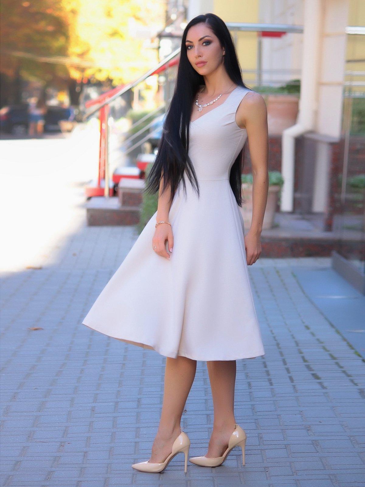 Сукня бежева | 3347700
