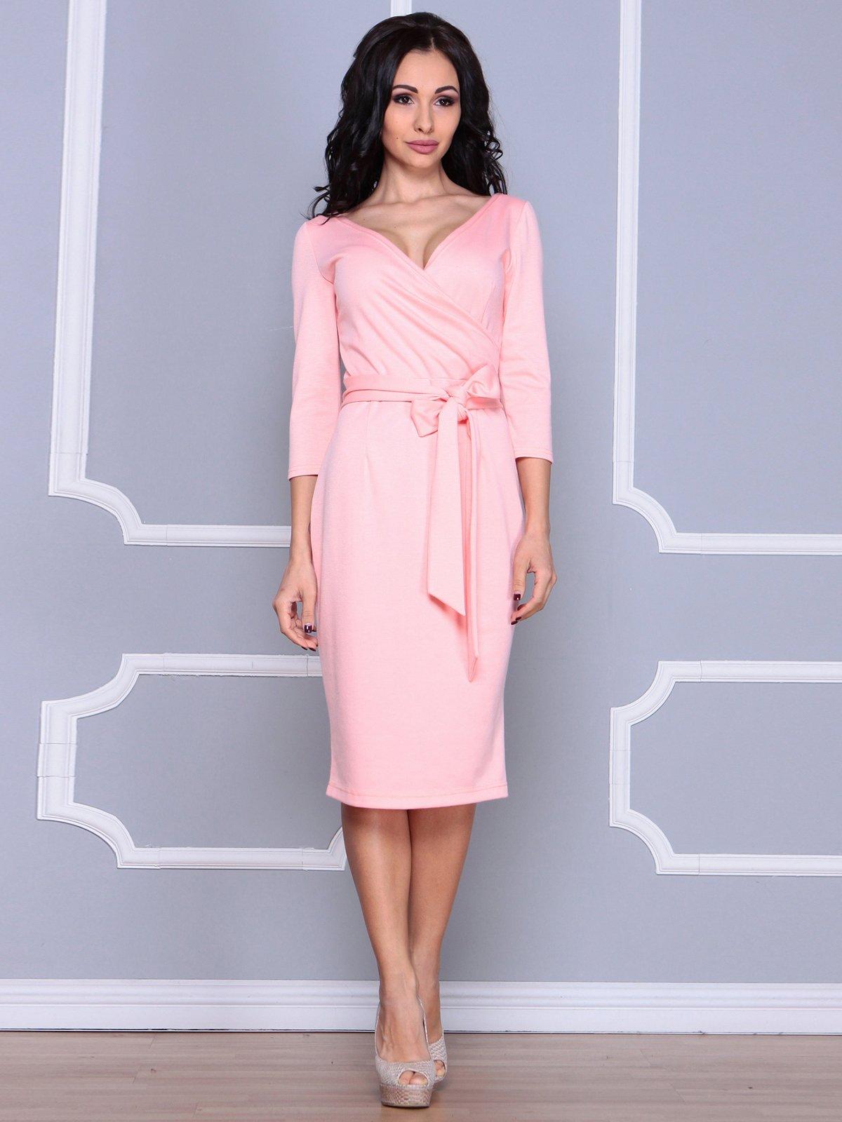 Сукня персикового кольору | 3926401