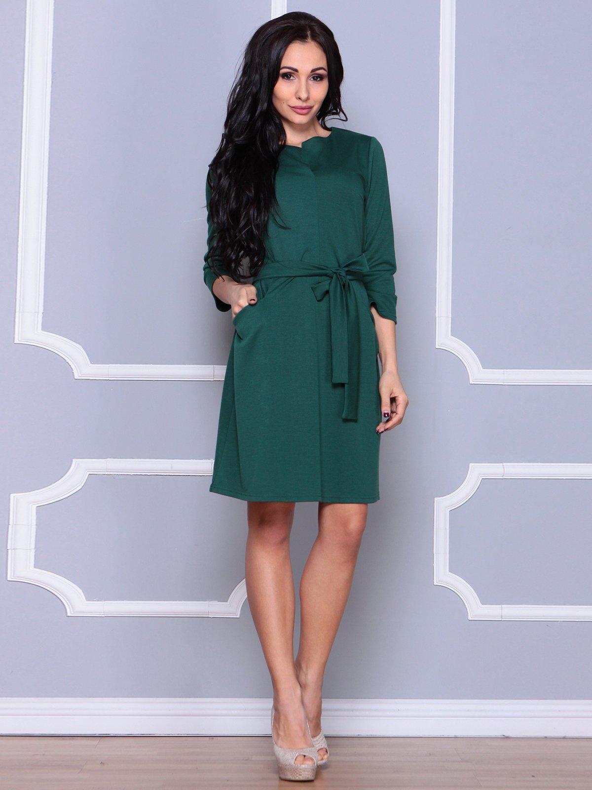 Платье изумрудного цвета | 3926412