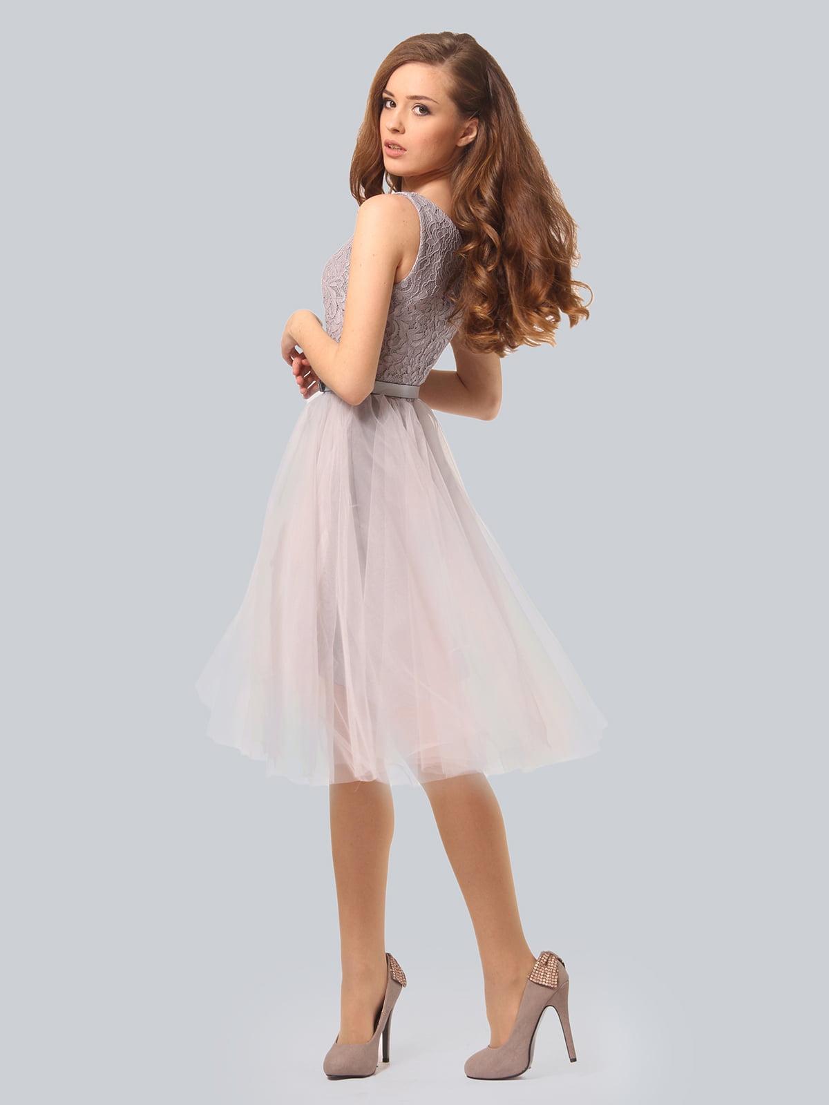 Платье светло-серое | 3958990 | фото 4