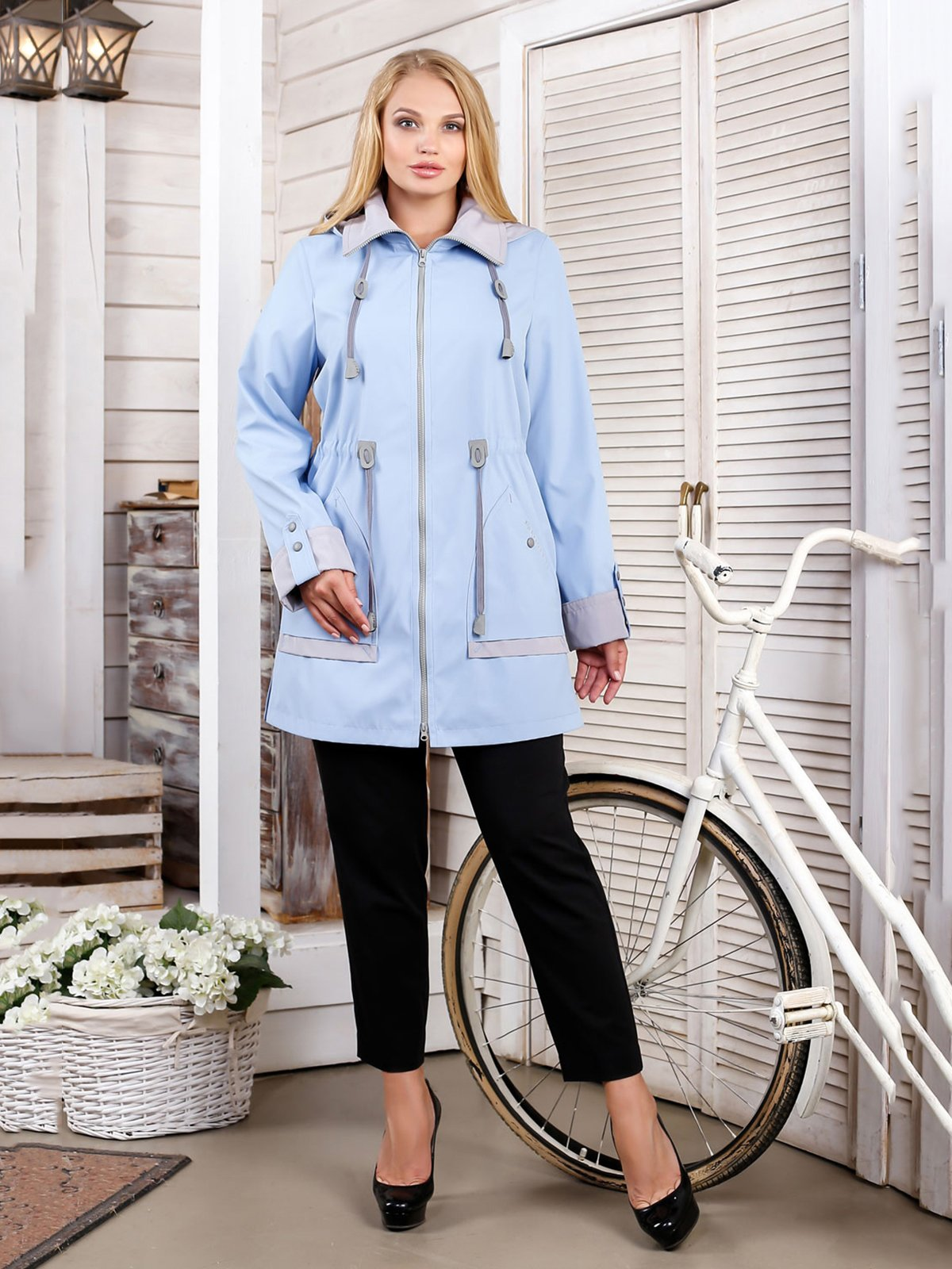 Куртка голубая   4052316