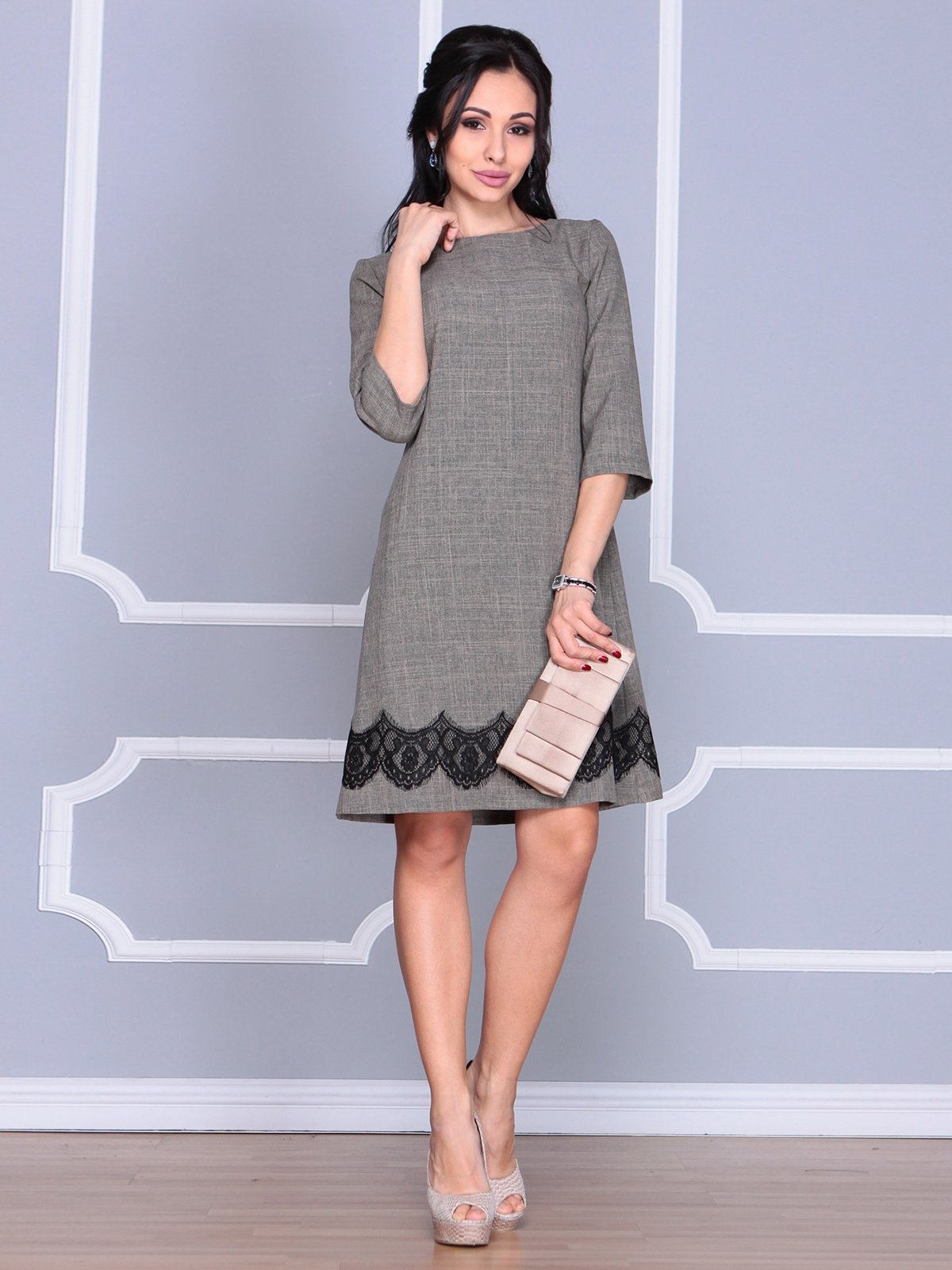Платье цвета бежевый хаки   4064999