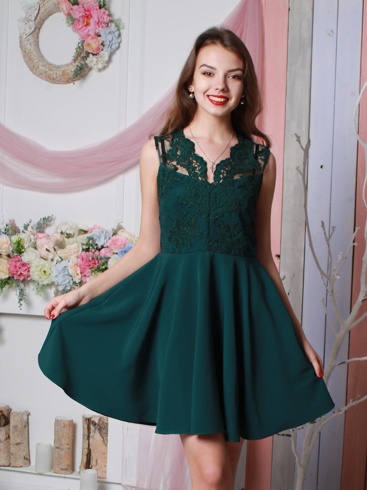 Платье бутылочного цвета | 4113666