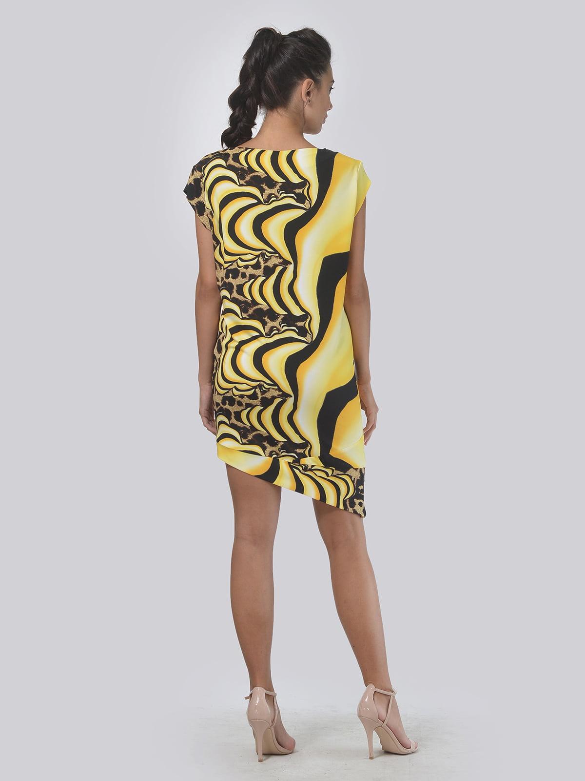 Платье желтое в абстрактный принт | 4142184 | фото 2