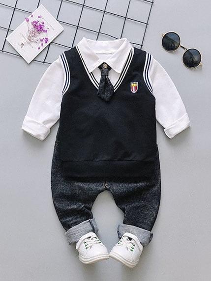 Костюм: рубашка, штаны, жилет и галстук | 4144609