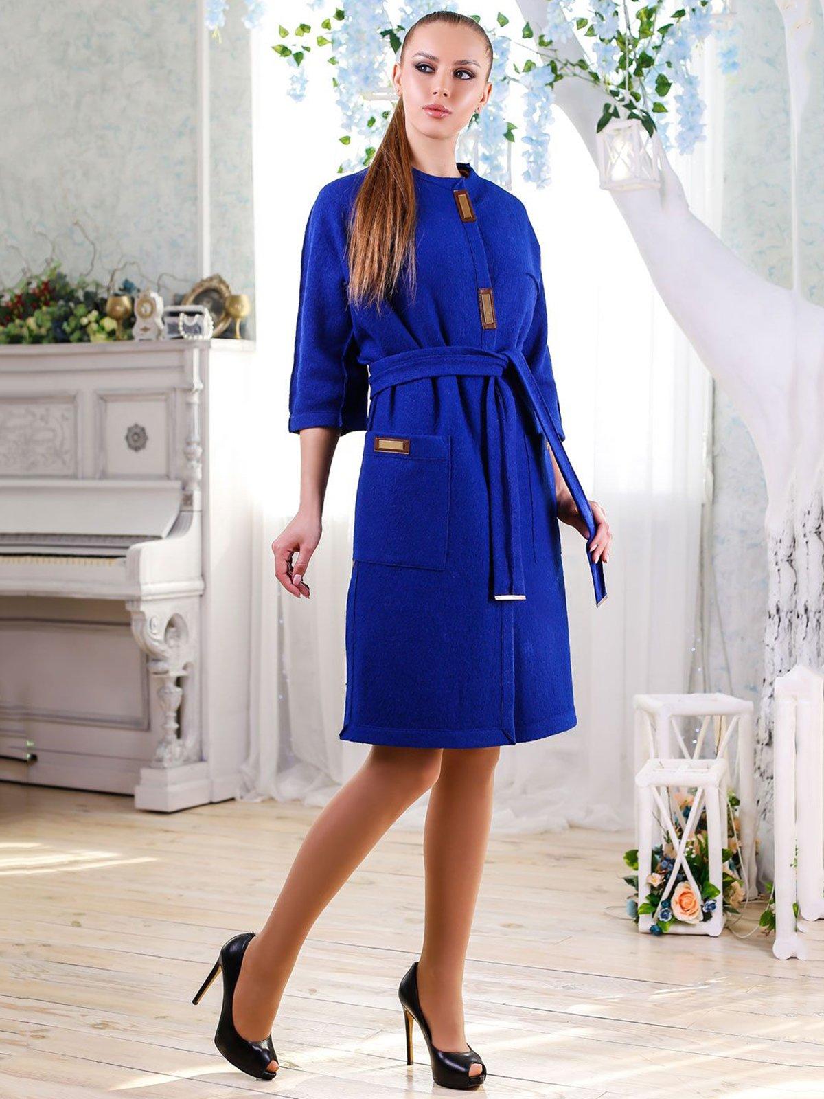 Пальто цвета электрик | 4176351