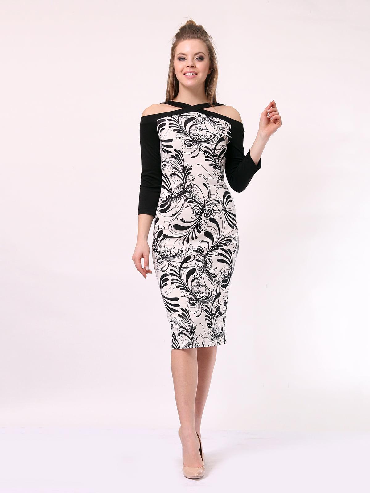 Платье черно-молочного цвета в принт | 4170053
