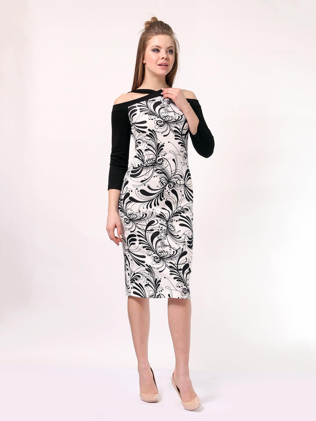 Платье черно-молочного цвета в принт | 4170053 | фото 2