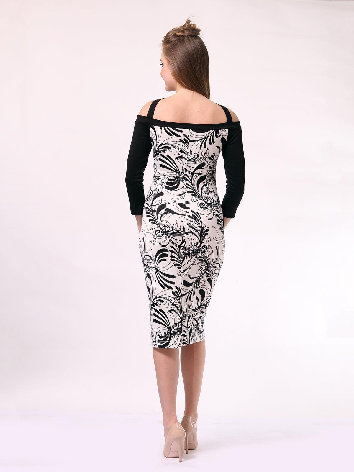 Платье черно-молочного цвета в принт | 4170053 | фото 4