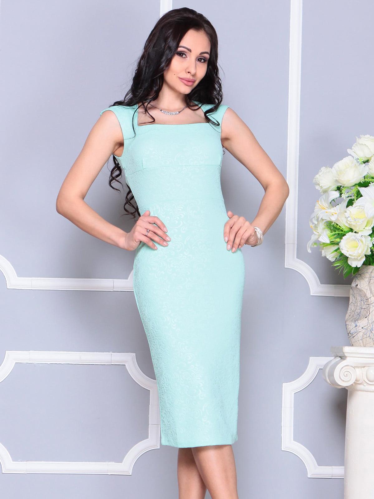 Платье светло-зеленое   4222475