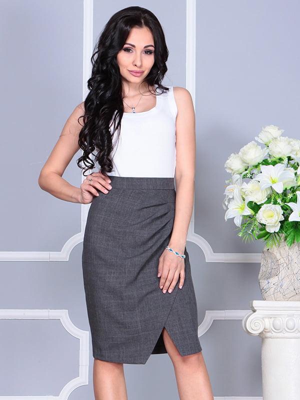Платье бело-графитового цвета | 4238437