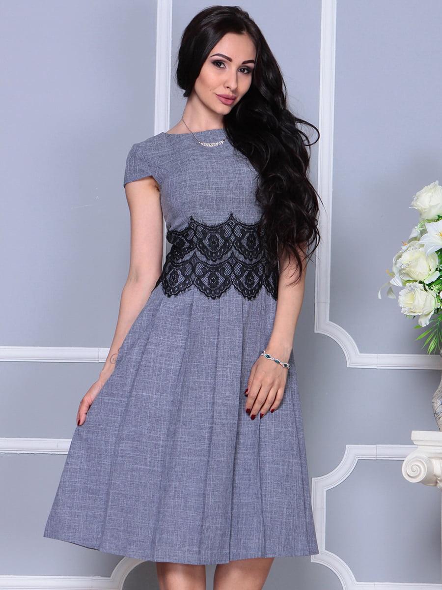 Сукня кольору фіолетового серпанку | 4297684