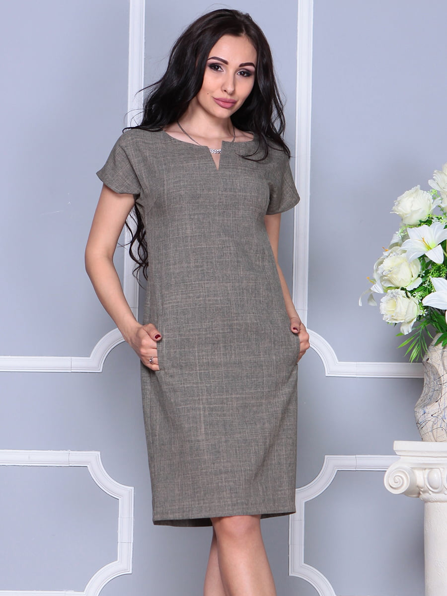 Платье цвета бежевый хаки   4395539