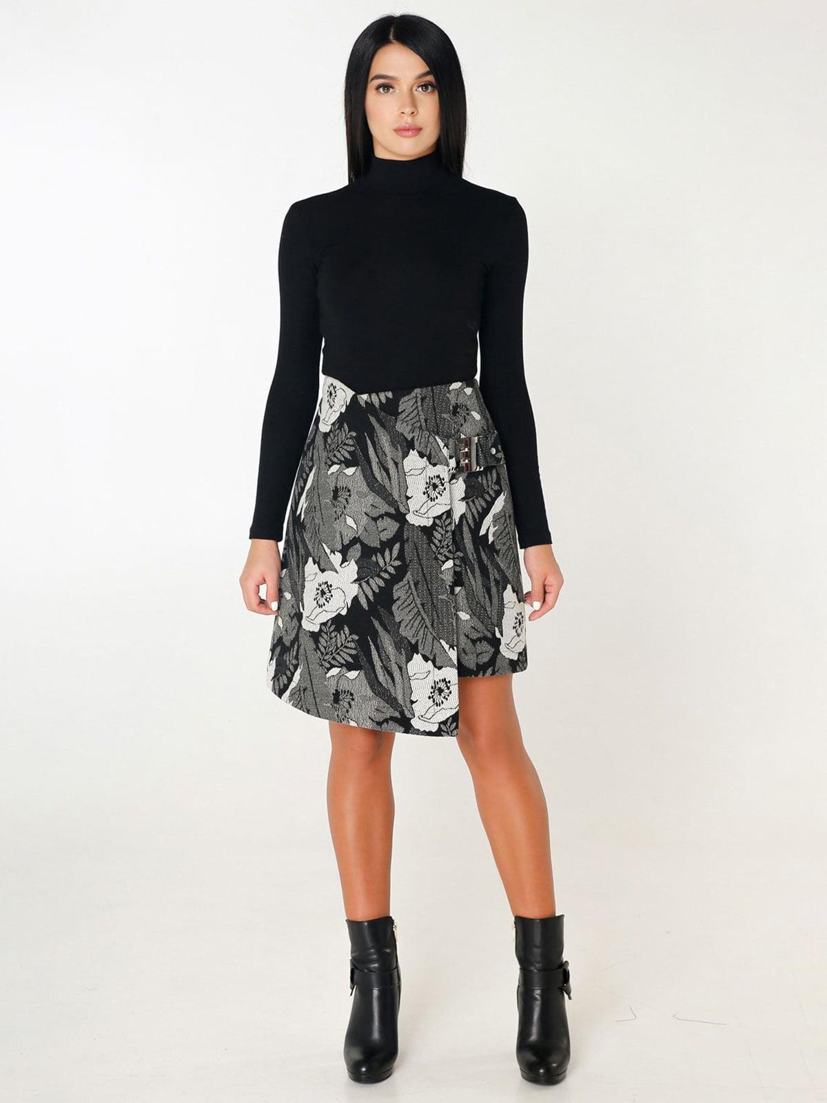 Юбка черная в цветочный принт | 4450209