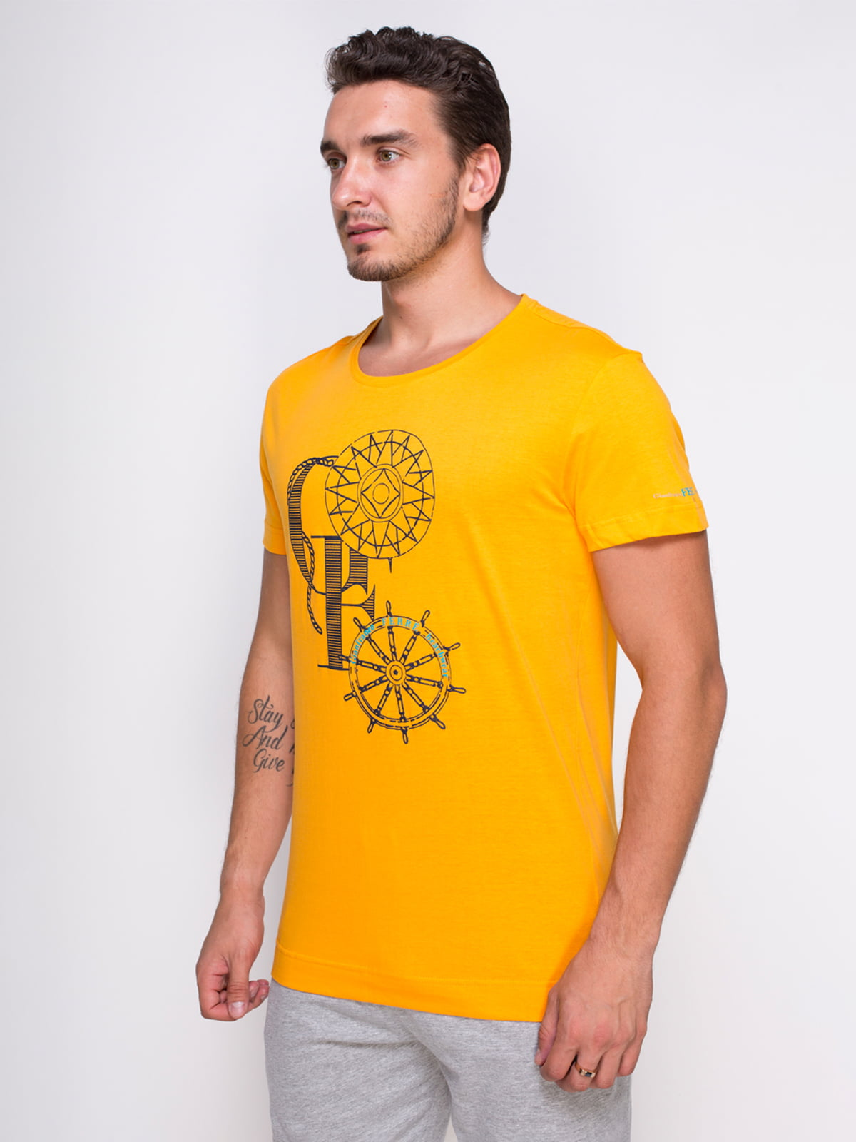 Футболка жовта з принтом | 4462974