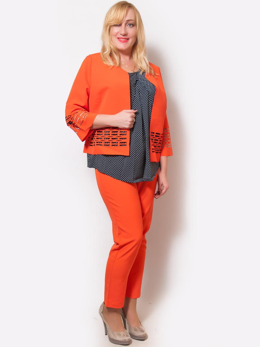 Костюм: блуза, жакет и брюки | 4486842