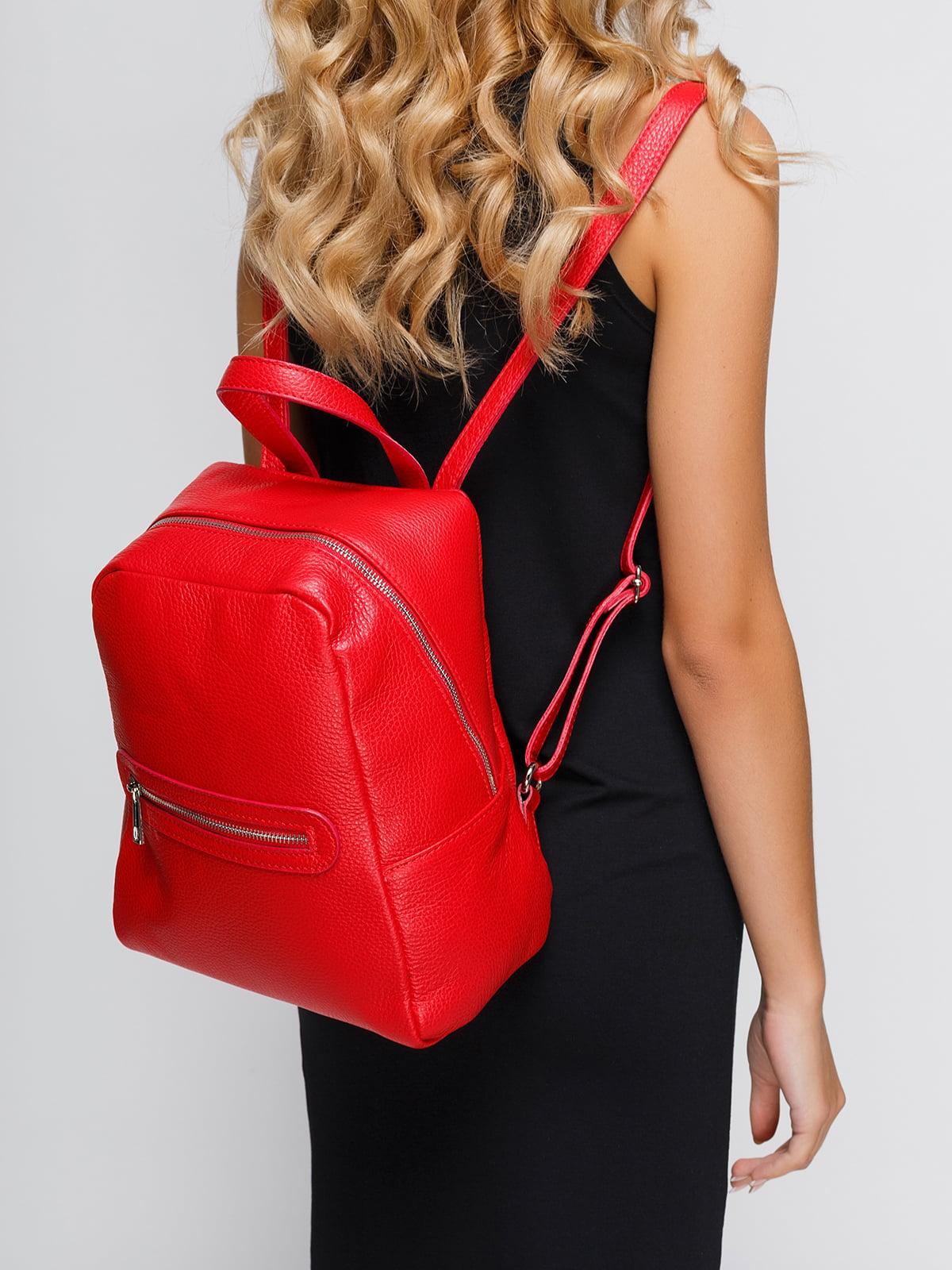 Рюкзак червоного кольору   4533392