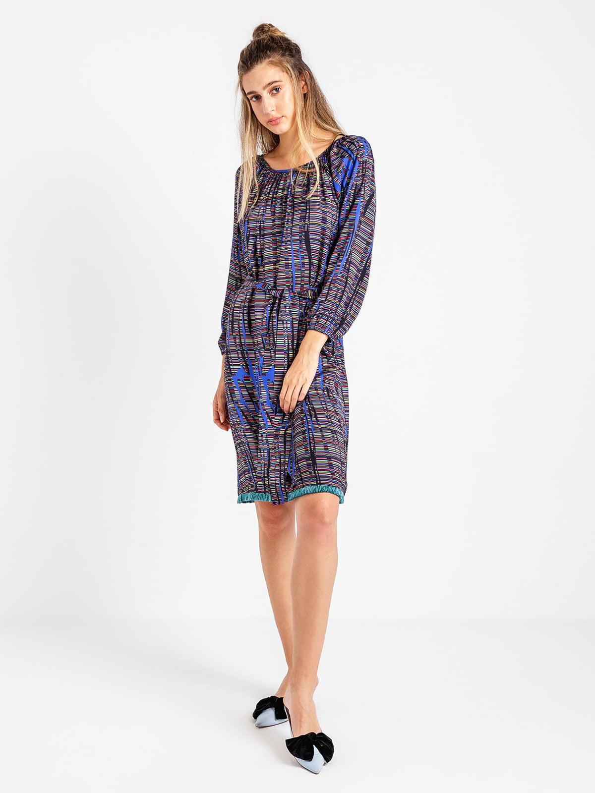 Сукня абстрактного забарвлення   4575047