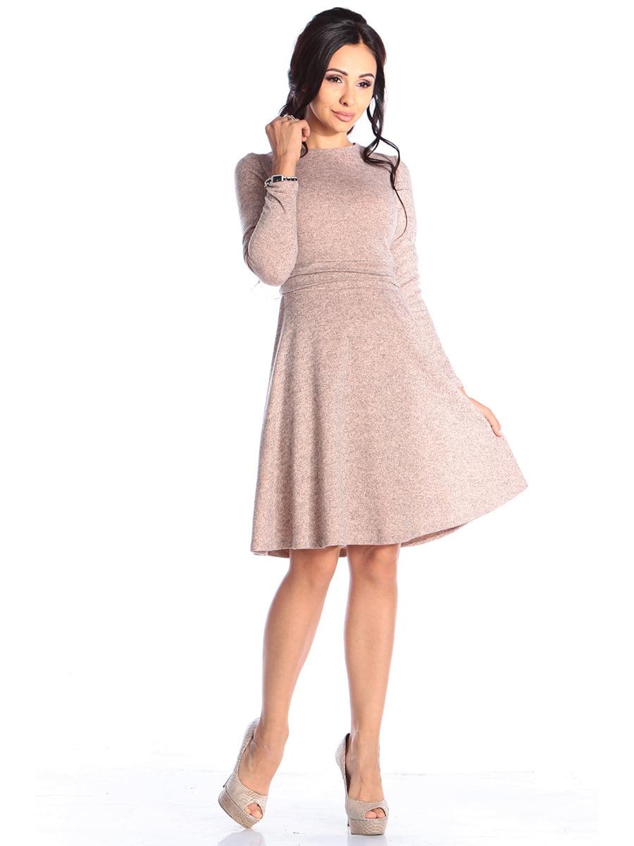 Сукня персикового кольору   4579717