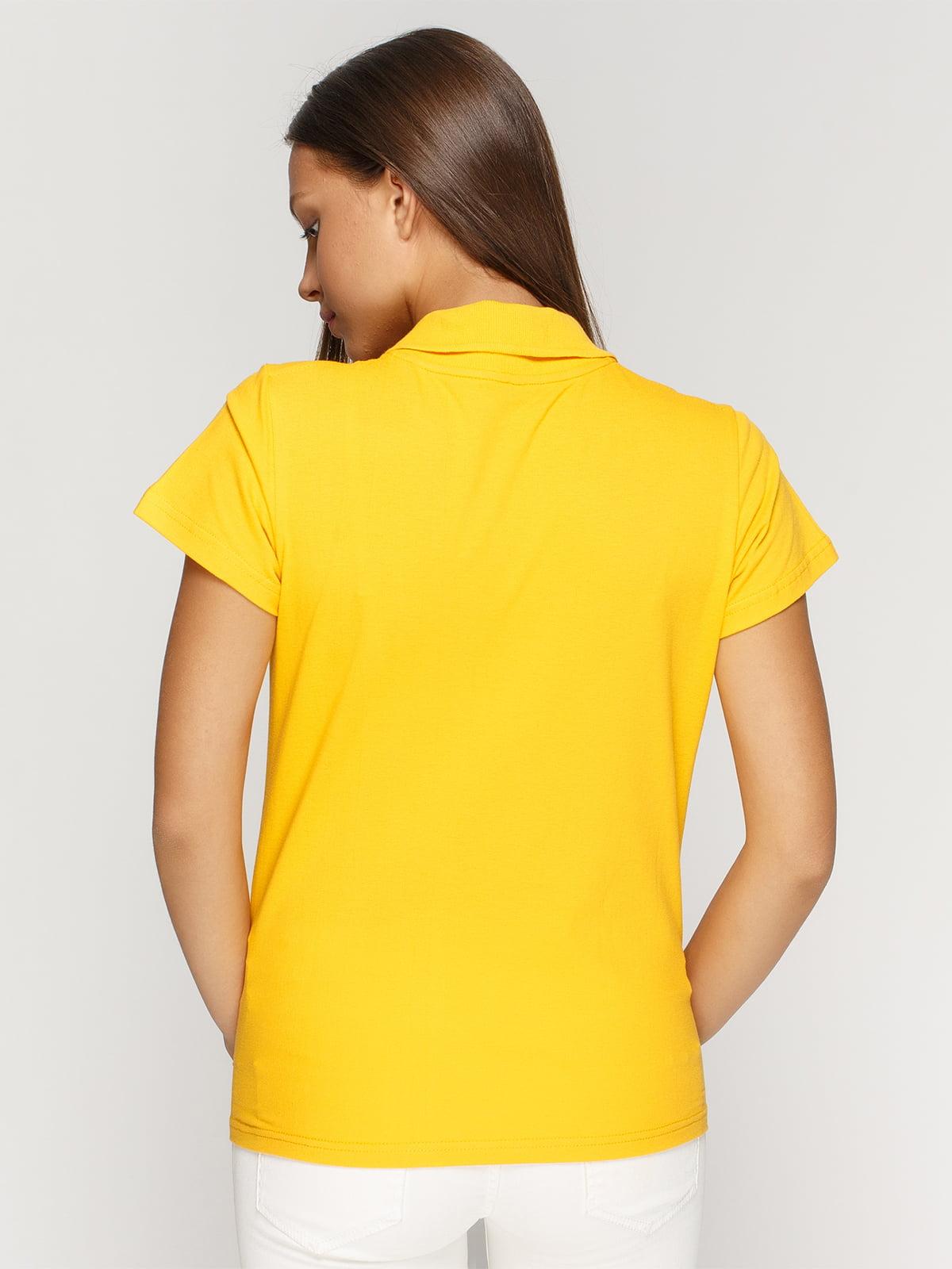 Футболка-поло жовта з принтом | 4578479 | фото 2