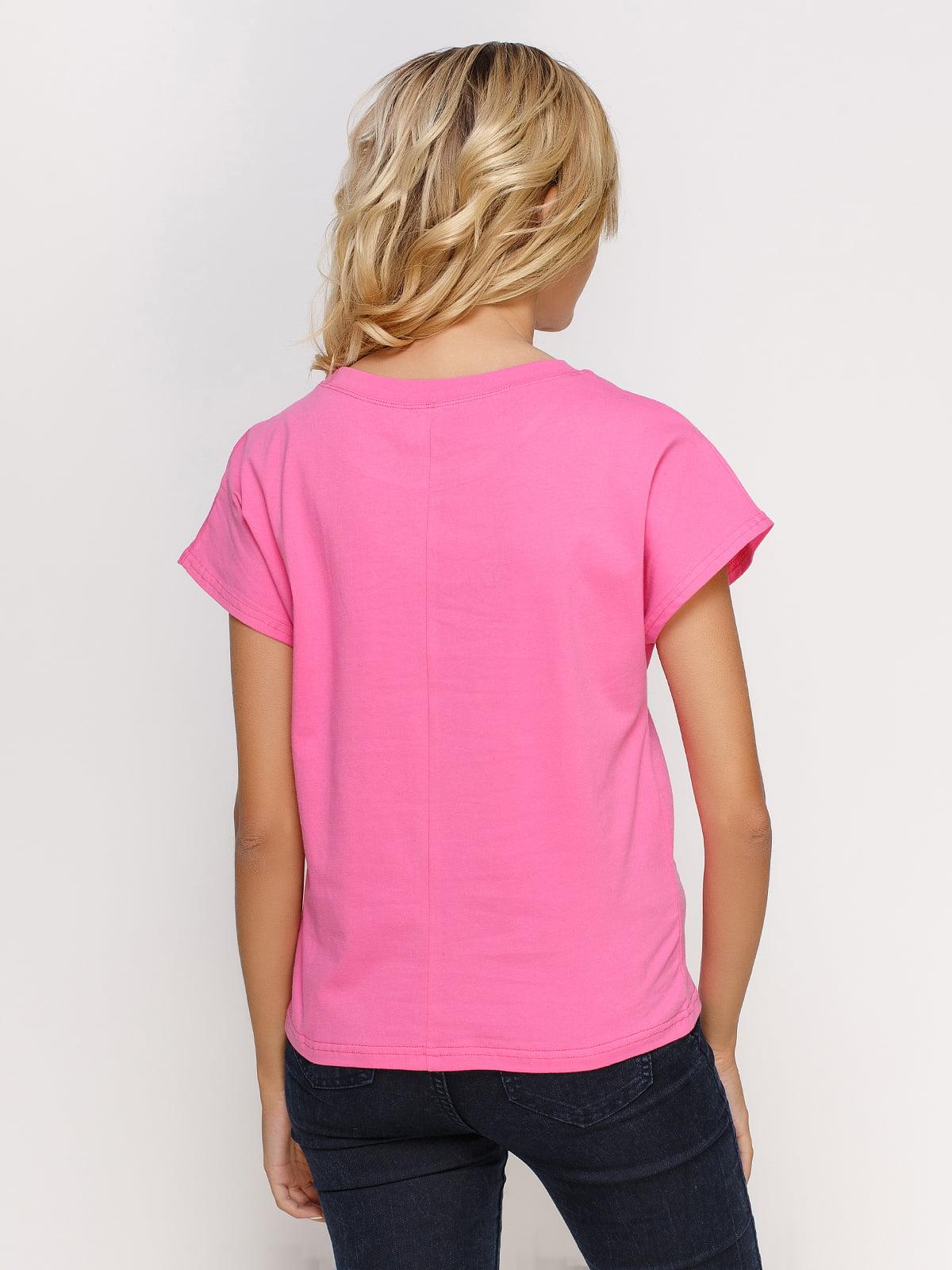 Футболка рожева з принтом | 4578220 | фото 2