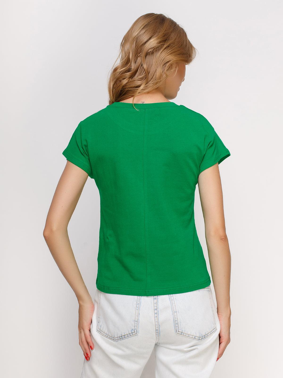 Футболка зеленая с принтом | 4578132 | фото 2