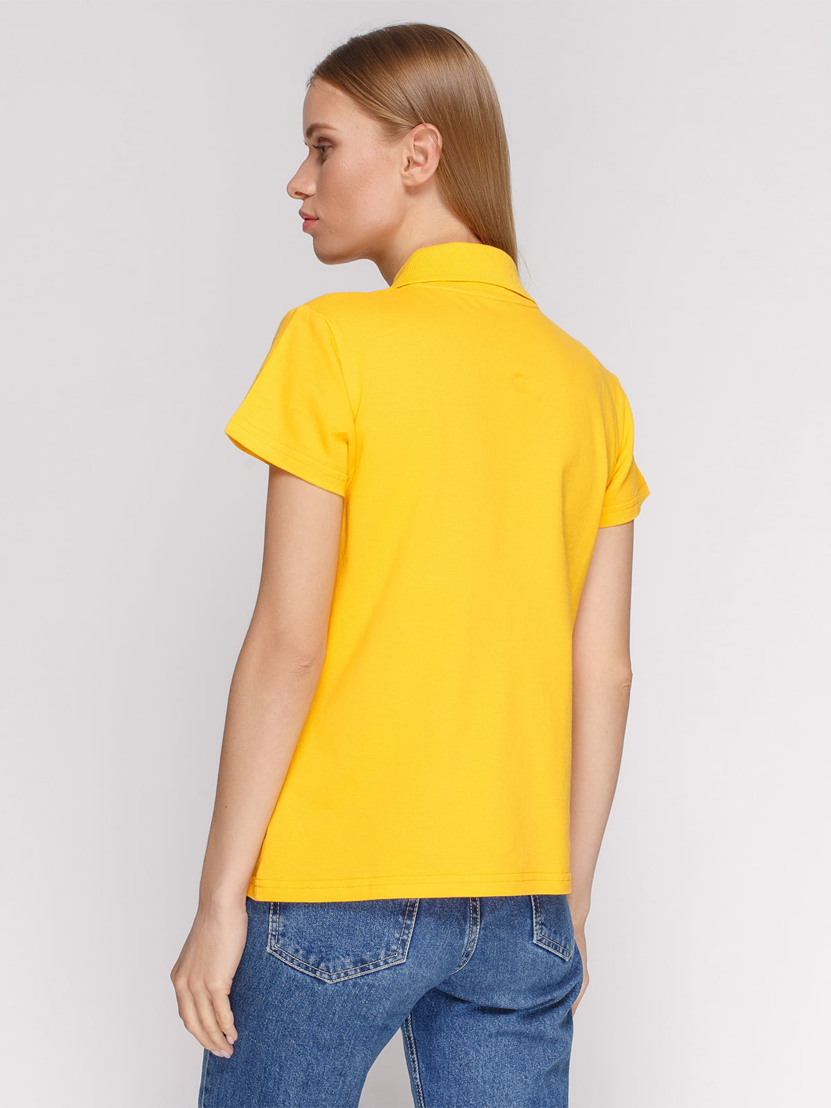 Футболка-поло жовта з принтом | 4578611 | фото 2