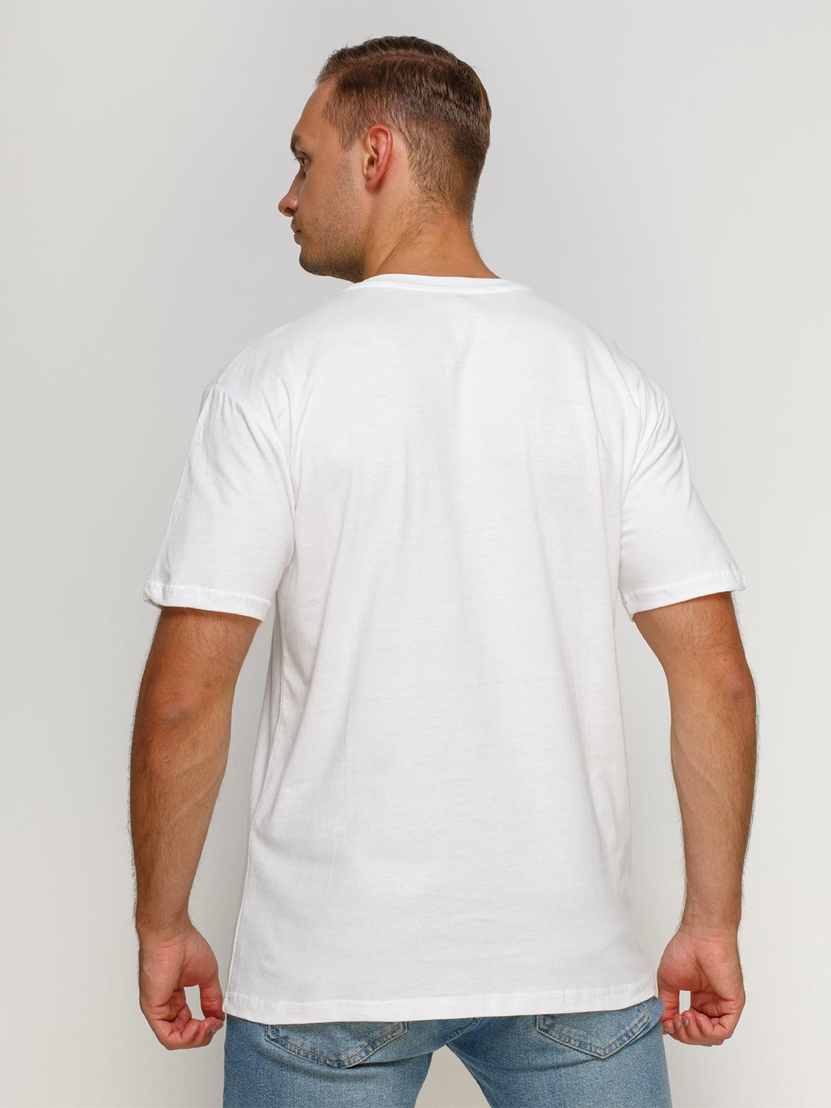 Футболка біла з принтом | 4577853 | фото 2