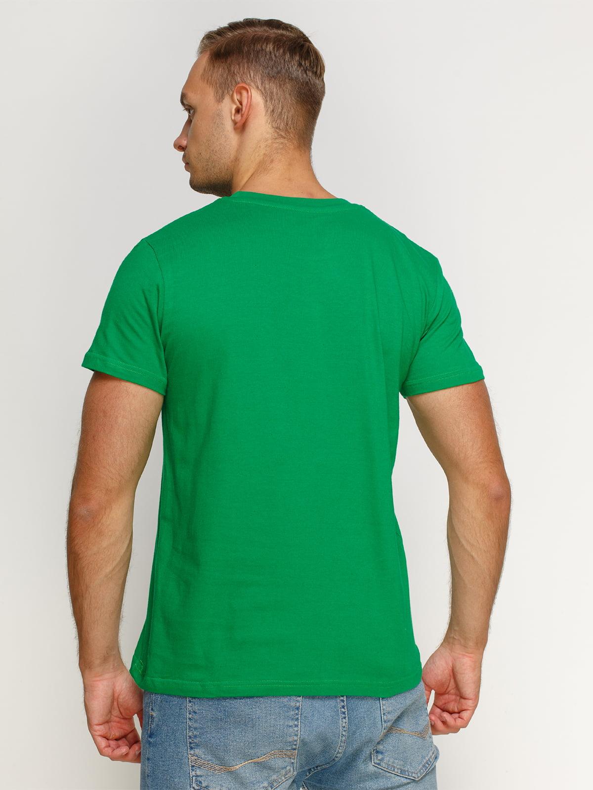 Футболка зеленая с принтом | 4577970 | фото 2