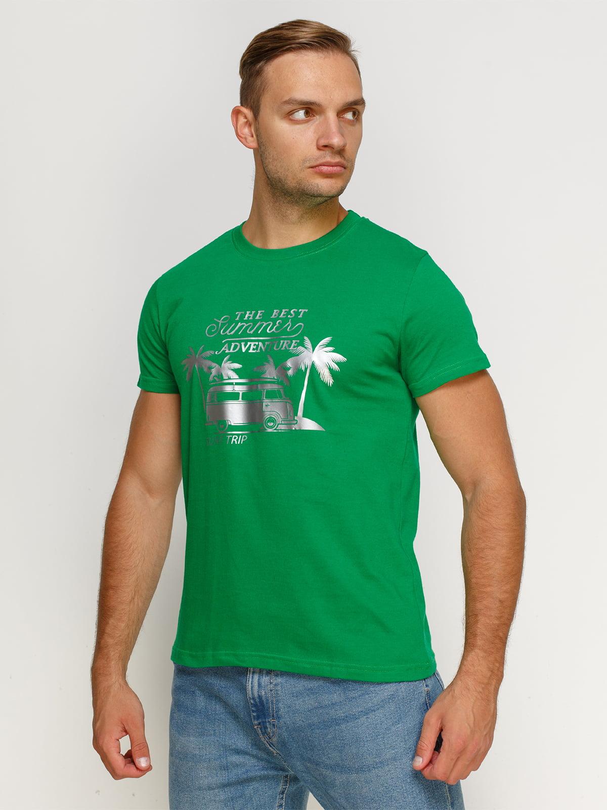 Футболка зеленая с принтом | 4577978