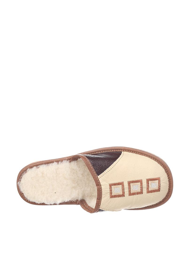 Тапочки бежево-коричневые | 4599531 | фото 2
