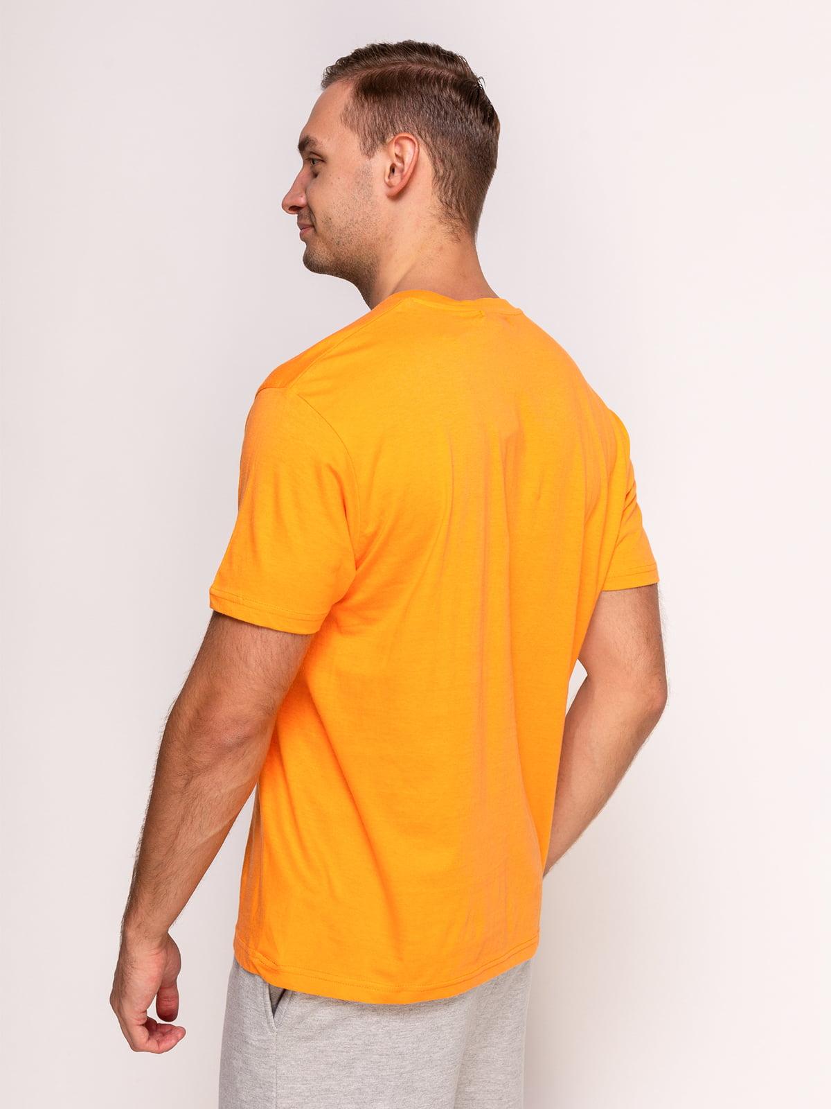 Футболка оранжевая с принтом | 4495544 | фото 2