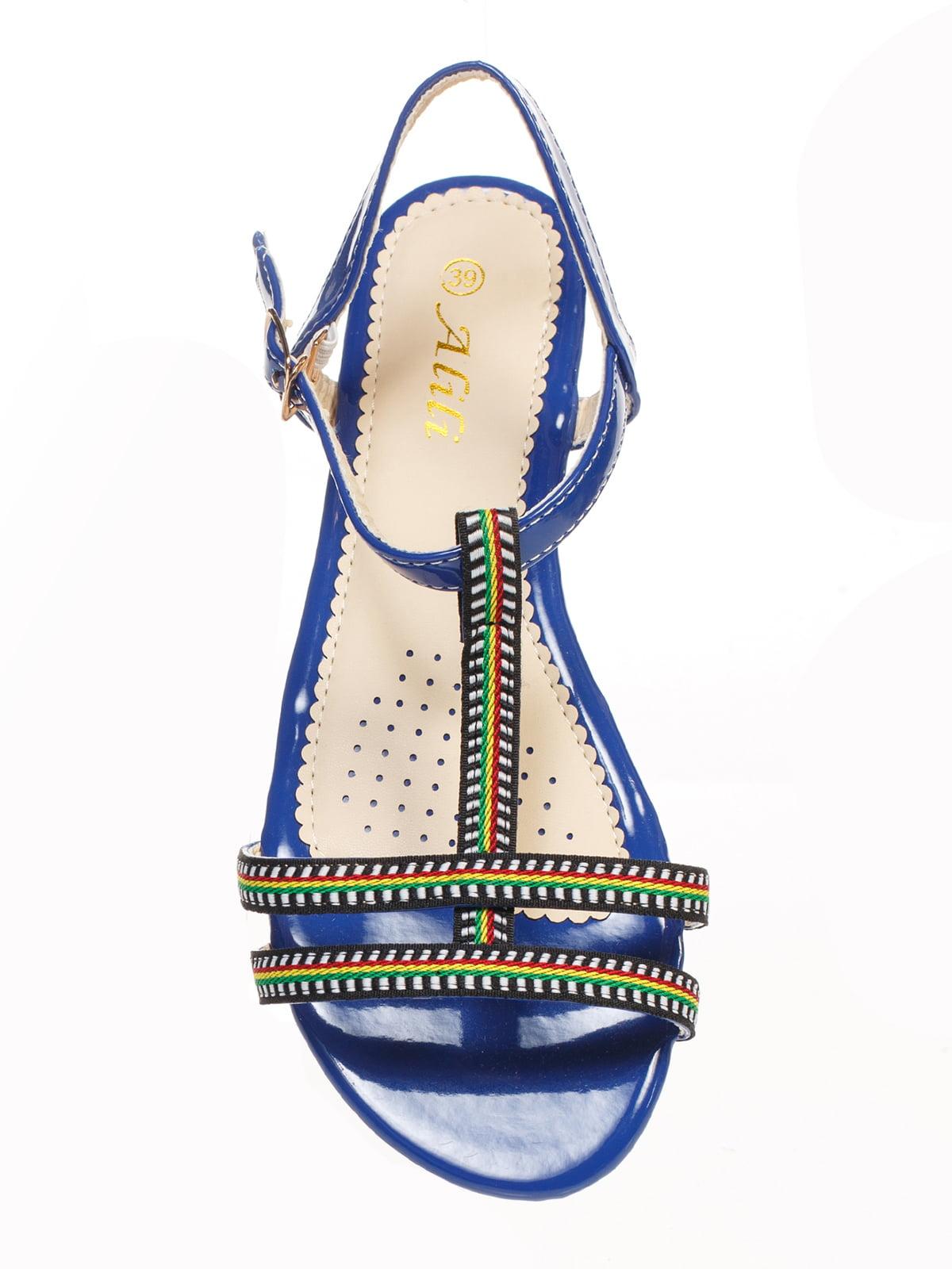 Сандалии синие с вышивкой | 4605216 | фото 4