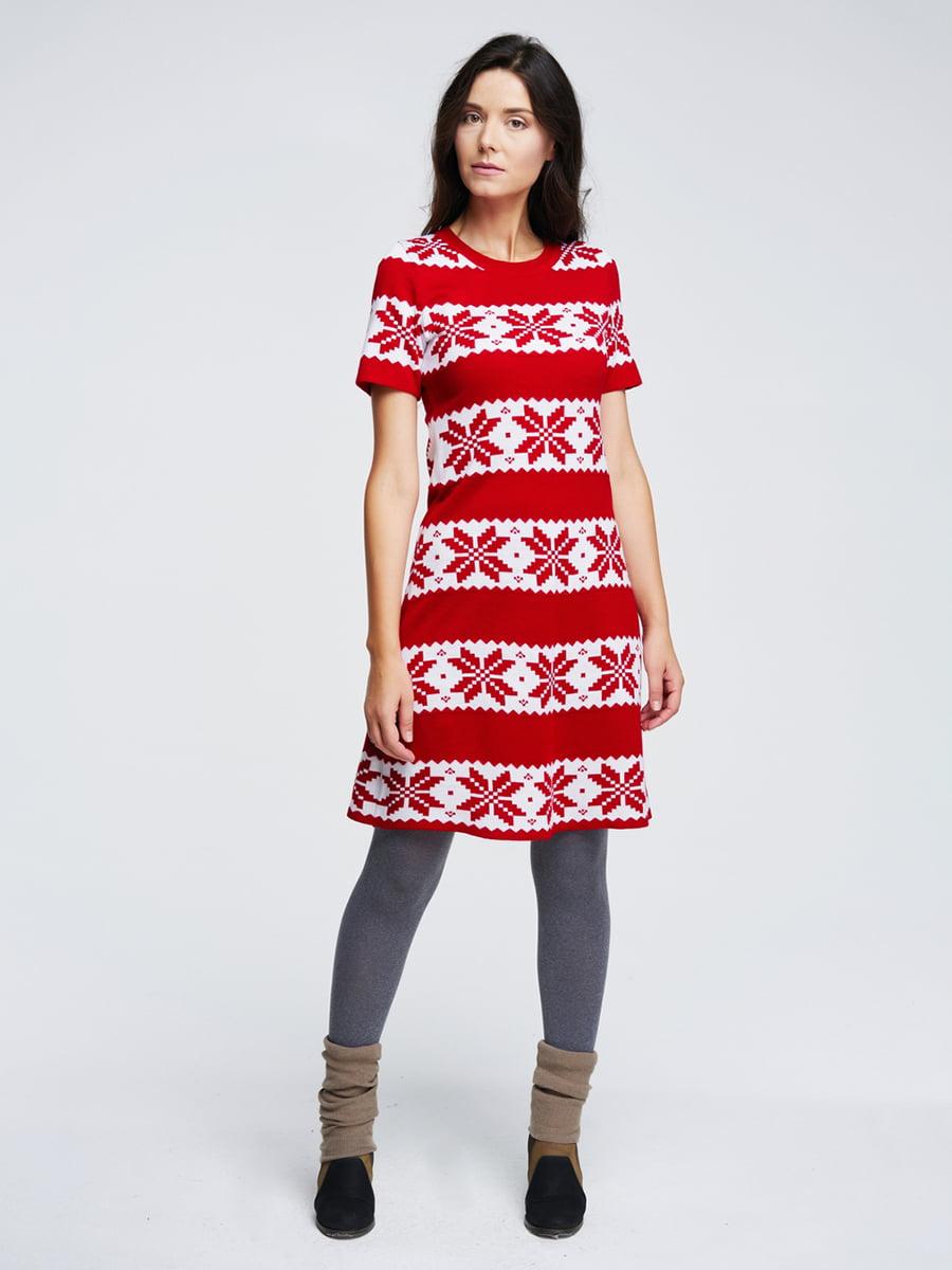 Сукня червона з орнаментом   4643616