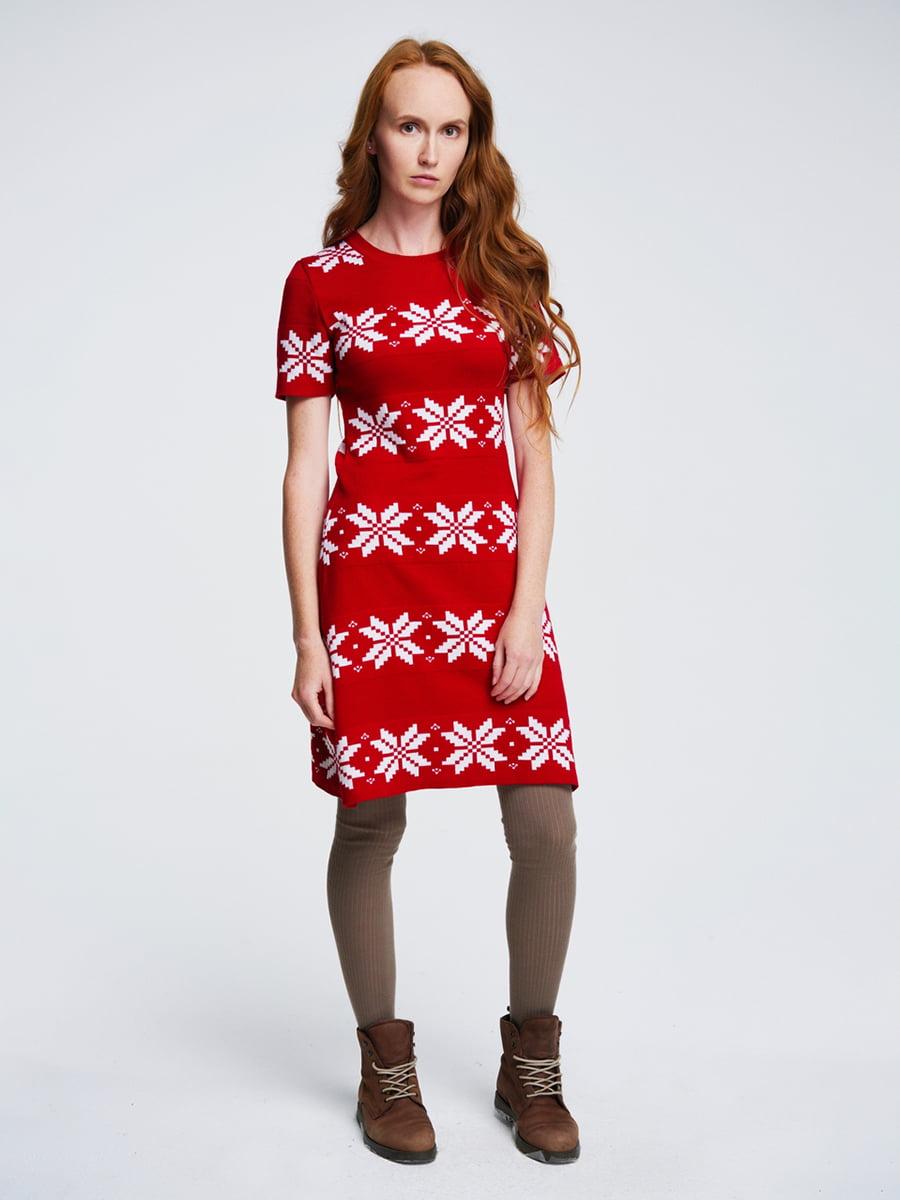 Платье красное с орнаментом | 4643618