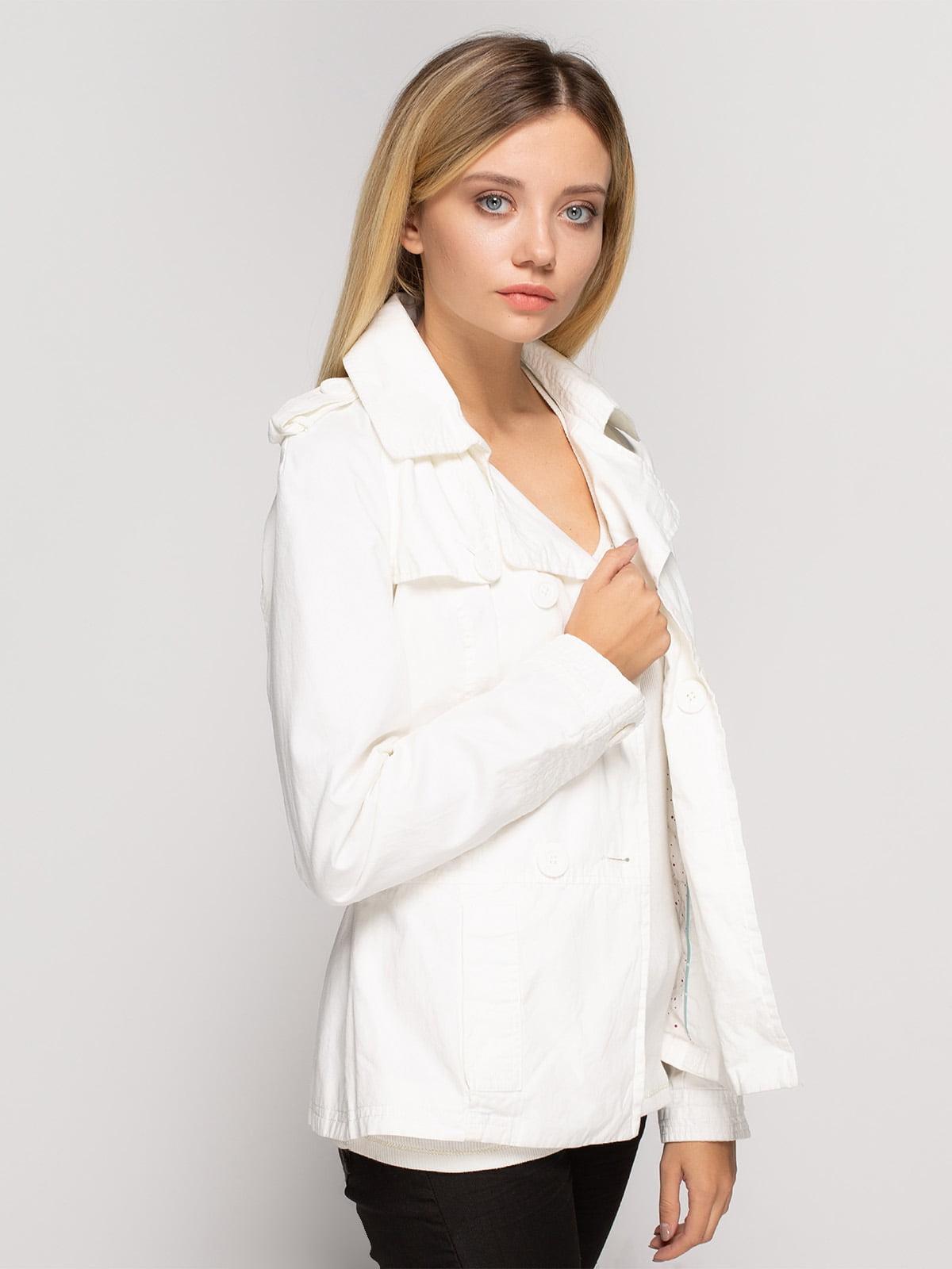 Куртка белая   4620339