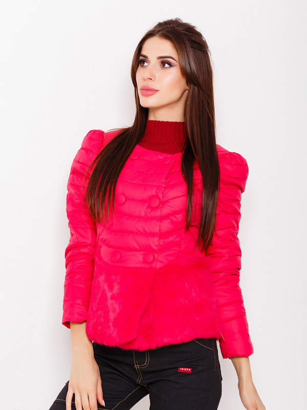 Куртка малинового цвета | 4678497