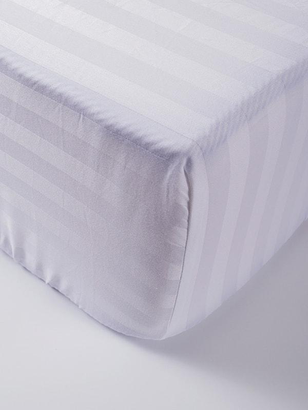 Простыня на резинке (160х200+25 см)   4635024