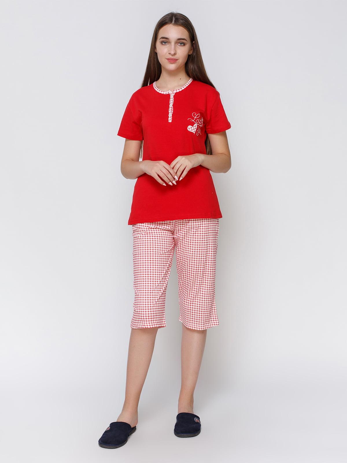 Пижама: футболка и капри   4760519