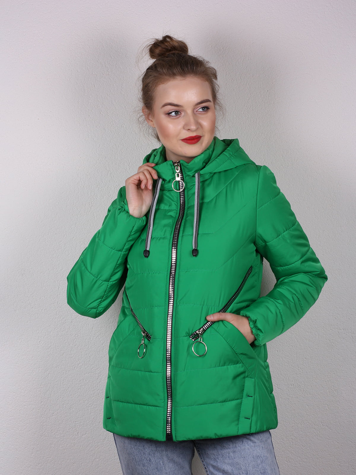 Куртка зеленая | 4770611