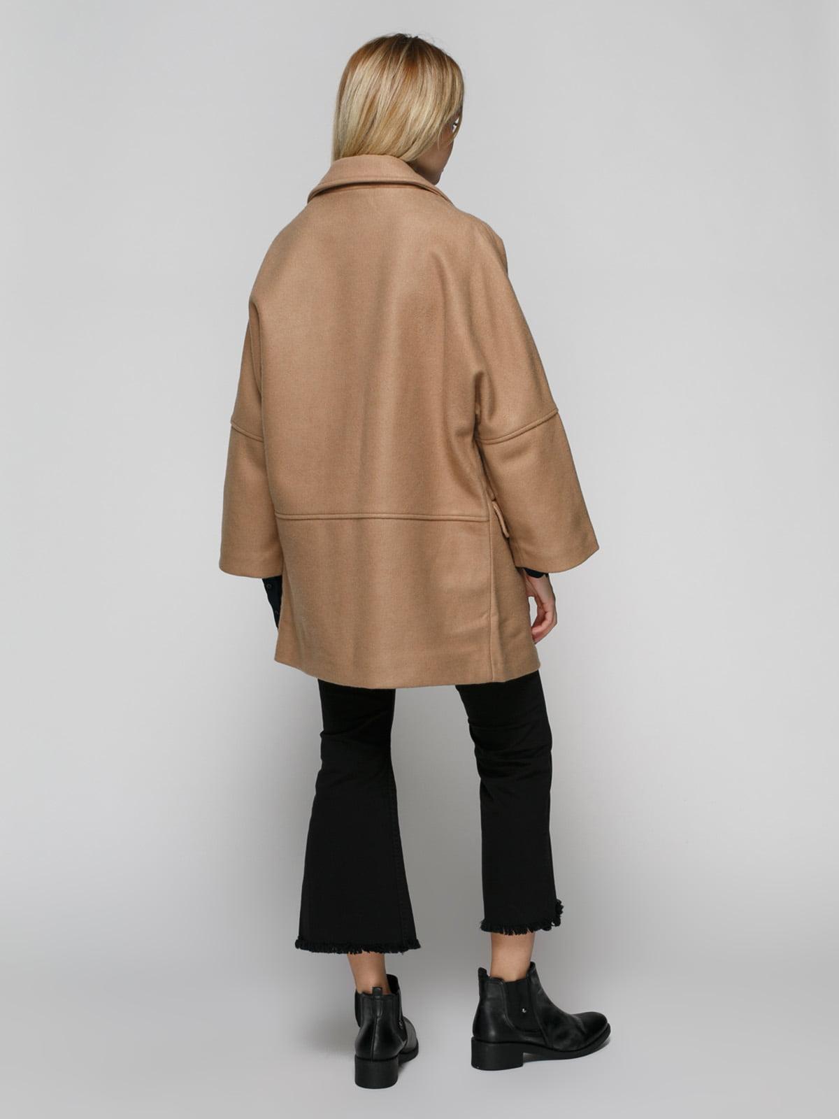 Пальто бежевое | 2687496 | фото 3