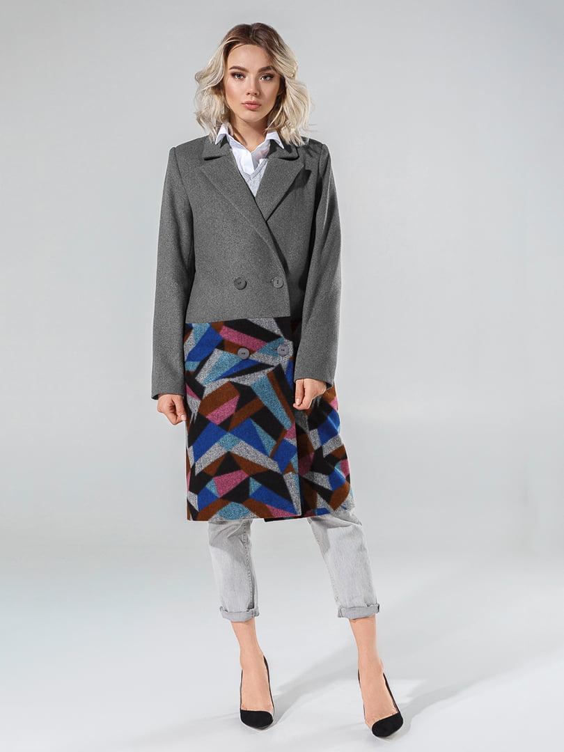Пальто серое с принтом   4645790