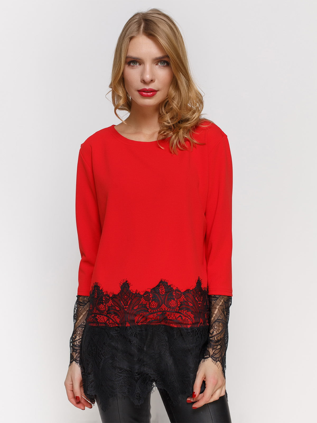 Блуза червона з мереживом | 2877949