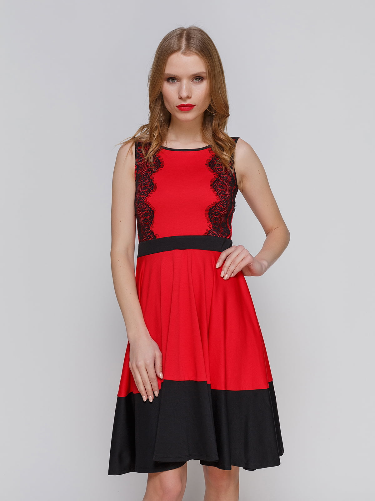 Сукня червона з мереживом | 2141694