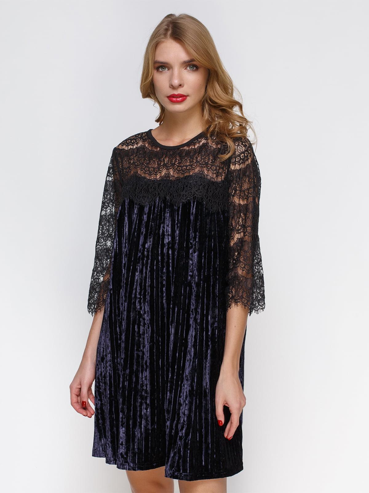 Коротка оксамитова сукня з французьким мереживом | 3778197