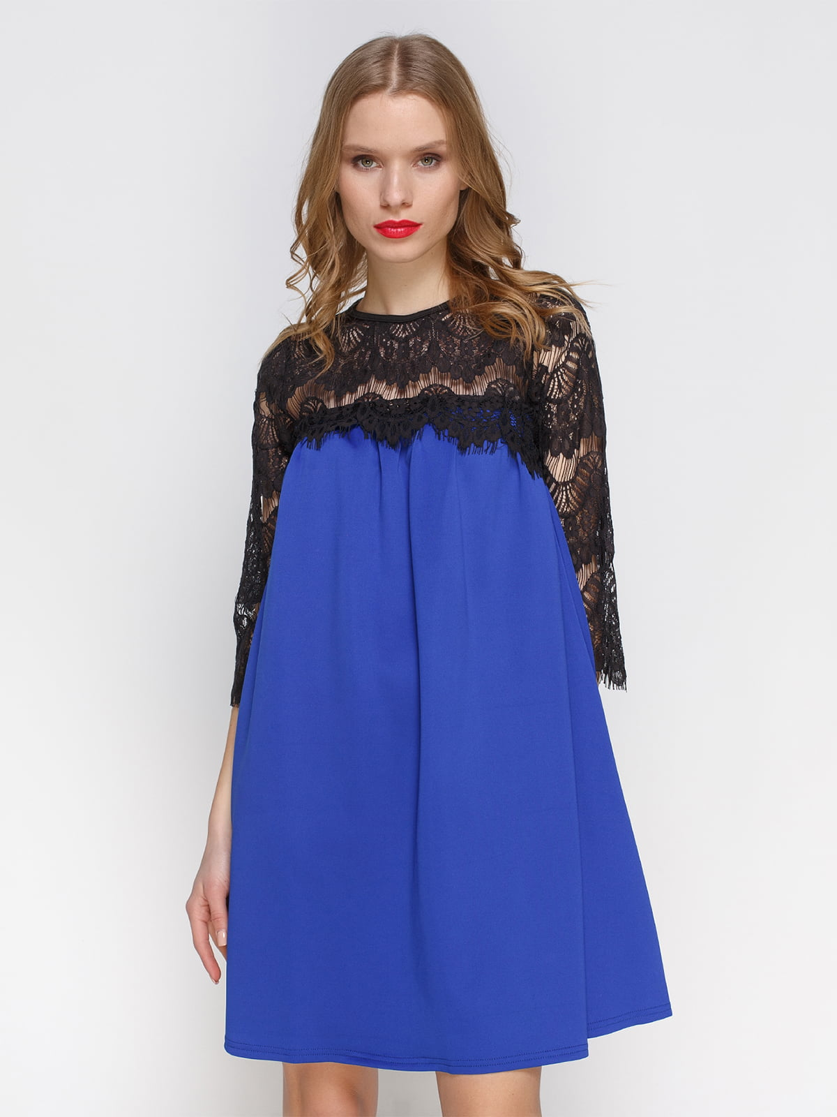 Сукня кольору електрик з мереживом | 2877961